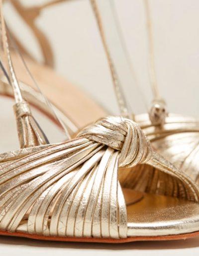 Chaussures dorées mariée Rachel Simpson à Périgueux Marjorie Mariage