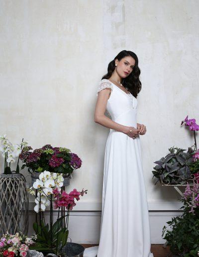 robe-de-mariee-elsa-gary-2019-etoile-profil-fluide